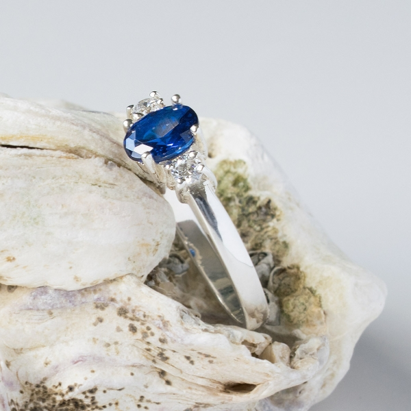 40511eacfb6c77 ... BLUE CLEO Sterling Silver Ring with Blue Sapphire and White Cubic  Zirconia ...