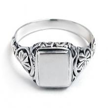 CONKER LEAF Silver Signet Ring