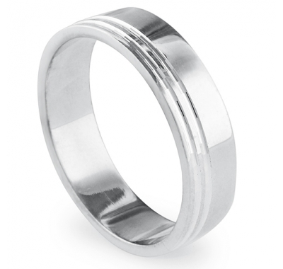 BLISS 5.5mm Wide Wedding Ring