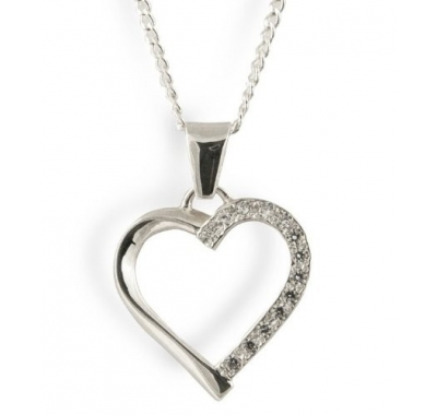 YUMI Silver Heart Necklace