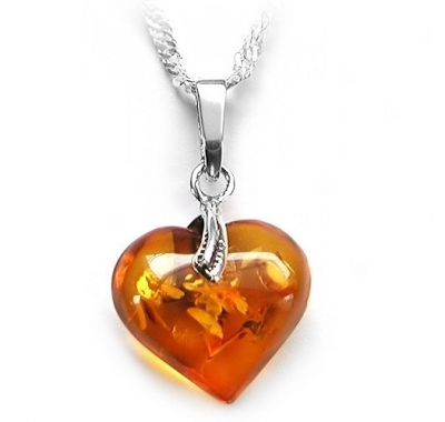 ORENJI Baltic Amber Heart Necklace