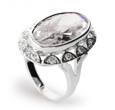 WHITE DOLLY Silver Cocktail Ring